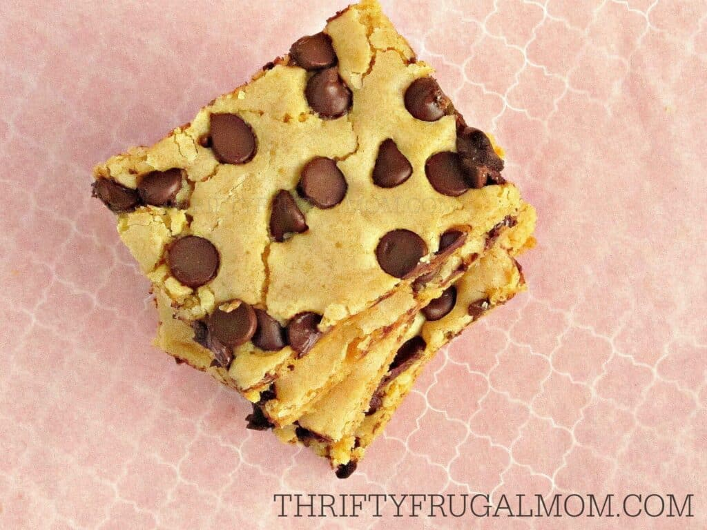Easy chocolate chips brownie recipe