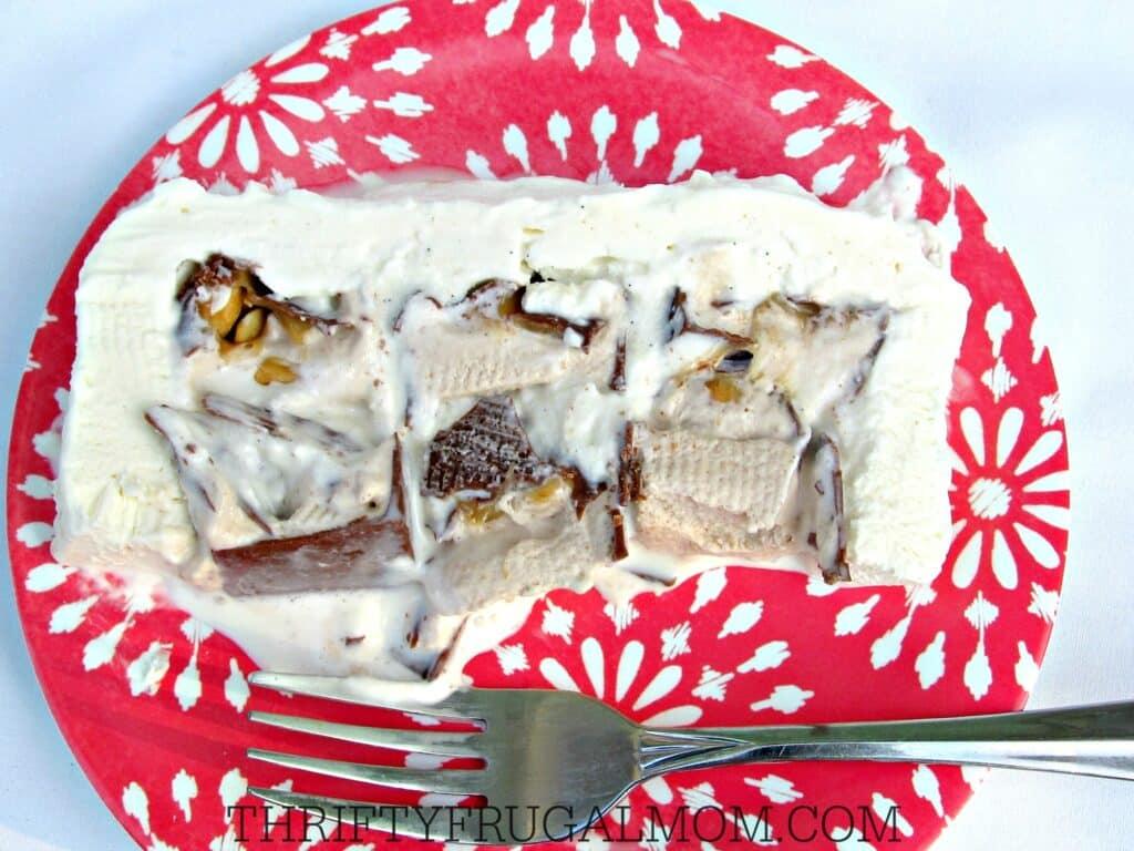 Snickers Ice Cream Cake- easy no bake dessert