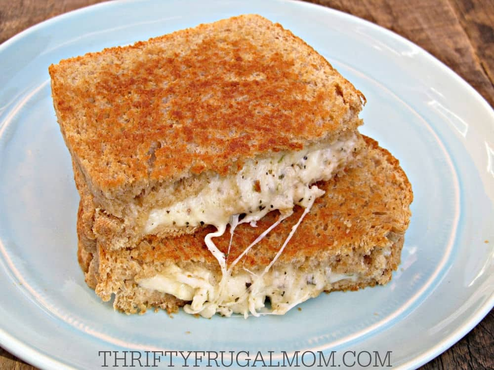 easy homemade recipe for the best grilled cheese sandwich