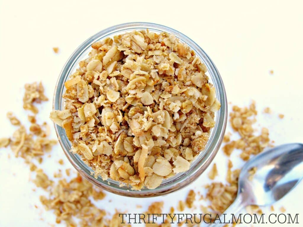 Easy Basic Homemade Granola