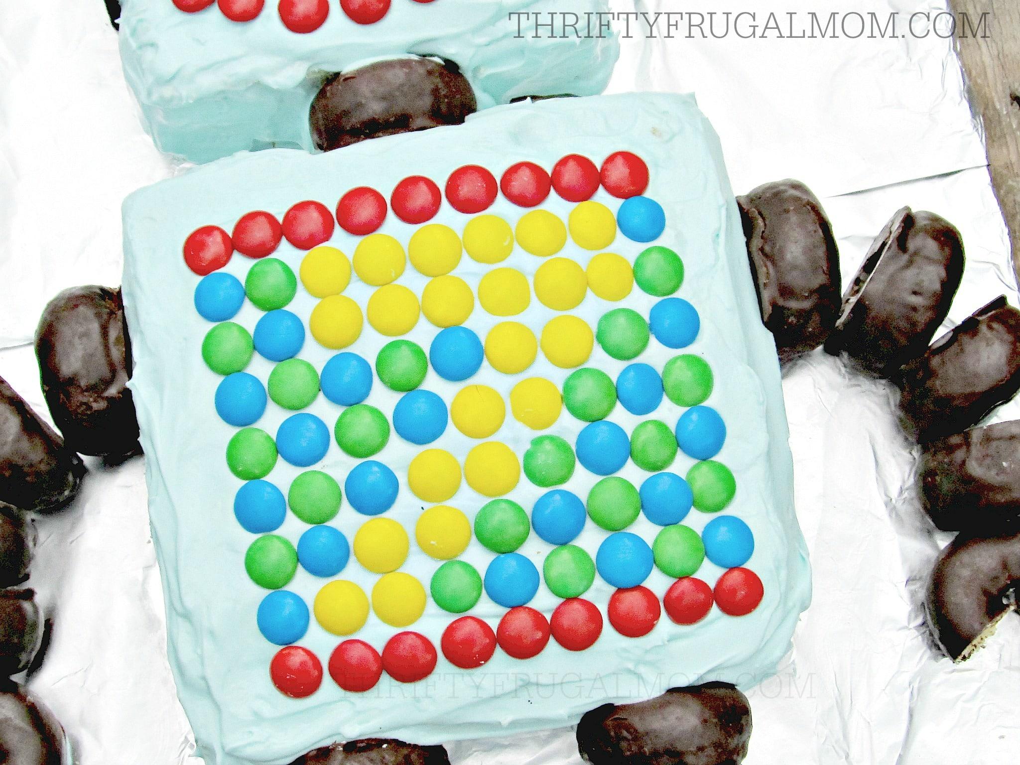 Super Easy Robot Birthday Cake